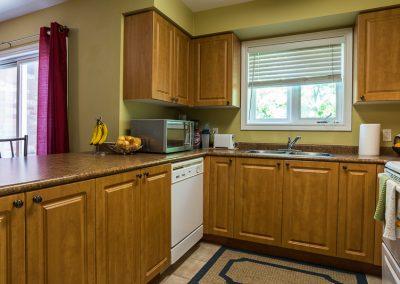 Edgehill Apartment-kitchen-3