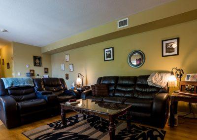 Edgehill Apartment-living room-2