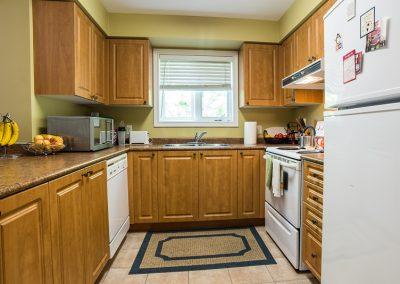 Edgehill Apartment-kitchen
