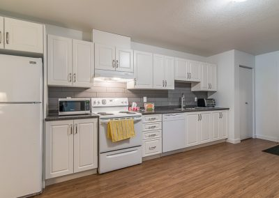 Perth Apt-nice big kitchen