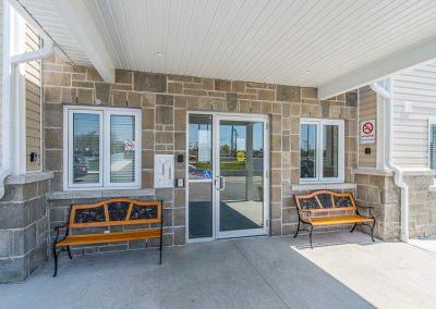 Perth Apt-building entrance-2
