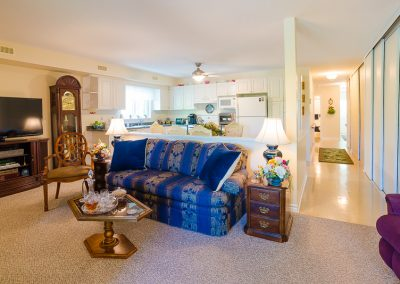 Red Oaks Apartments-spacious living