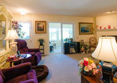Red Oaks Apartments-living room and muskoka room